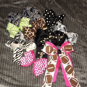 11 Piece Assorted Hair Bow Set